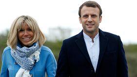Sie trotzen den Fakenews - das etwas andere Paar: Emmanuel Macron (39) und seine Frau Brigitte (64)