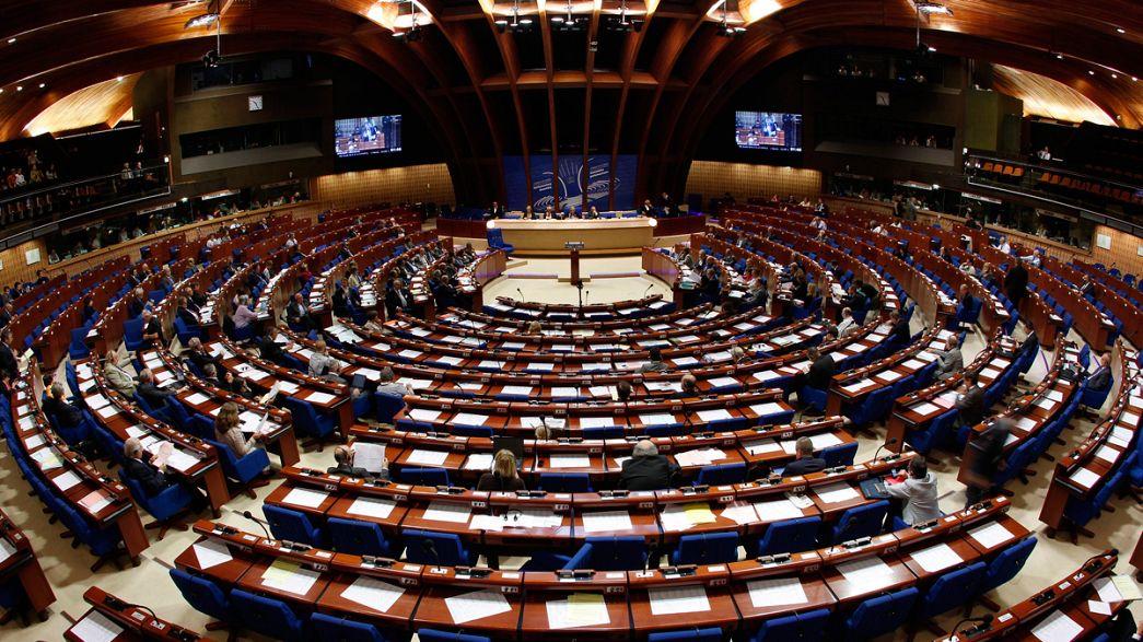 """Le Conseil de l'Europe place la Turquie """"en observation"""""""