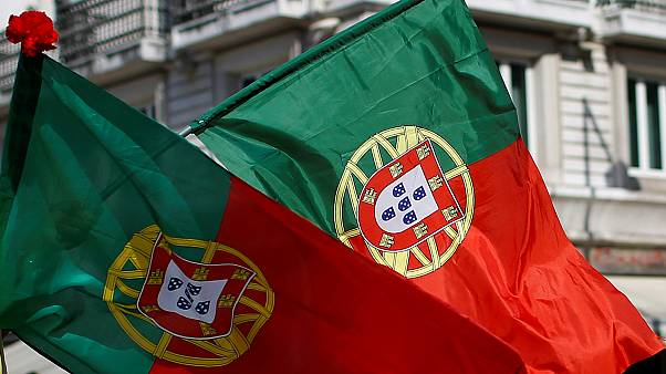 Portugal celebrates Carnation Revolution, warns against populism
