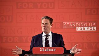 İngiltere'de seçim kampanyası Brexit mesajlarıyla başladı