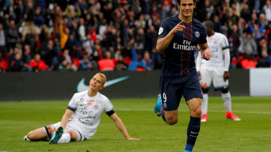كافاني يمدد عقده مع باريس سان جرمان إلى 2020