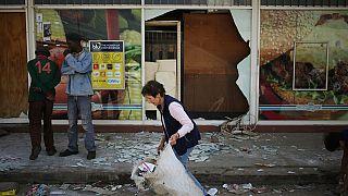 Afrique du Sud: des manifestations dégénèrent en pillages