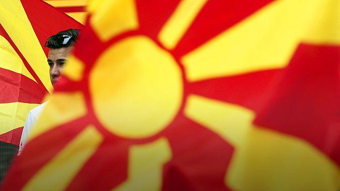 Batı ve Rusya arasında bölünen Makedonya'da aylardır hükümet kurulamıyor