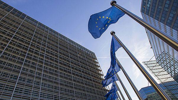 """""""Breves de Bruxelas"""": reforma dos direitos sociais e processo contra Hungria"""