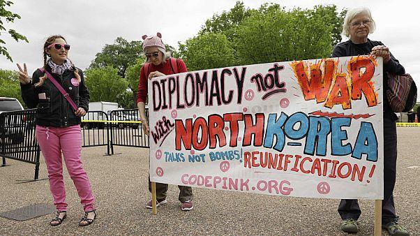 США надавят на КНДР экономически и дипломатически