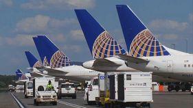 يونايتد ايرلاينز:10 آلاف دولار لمن يترك مقعده في الطائرة