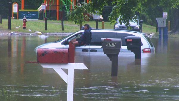 Β.Καρολίνα: Πλημμύρες σαρώνουν το Ράλειγ