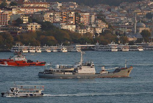 В Черном море российское судно столкнулось с другим кораблем