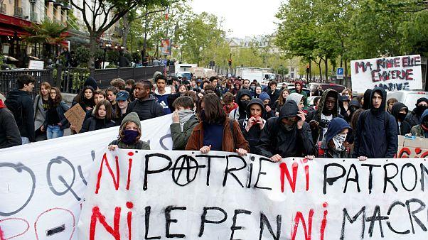 جوانان خشمگین فرانسوی: نه وطن، نه رییس؛ نه لوپن، نه ماکرون
