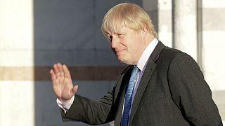 وزیر خارجه بریتانیا: سخت است به پیشنهاد آمریکا برای حمله به سوریه «نه» بگوییم