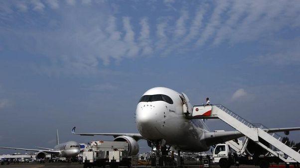 واکنش بازار به محدودیتهای تازه برای پرواز به آمریکا از حاشیه خلیجفارس