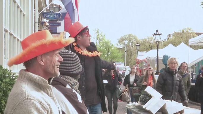 Les Néerlandais fêtent les 50 ans de leur roi