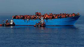 """الاتحاد الأوروبي يدرس مشروع """"تجهيز"""" خفر السواحل الليبية"""