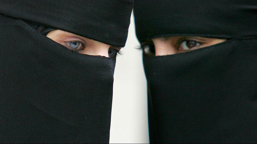 В Германии намерены частично запретить паранджу