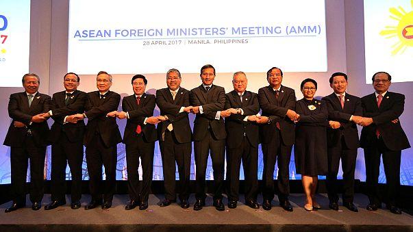 Líderes da ASEAN preocupados com tensão na península da coreia
