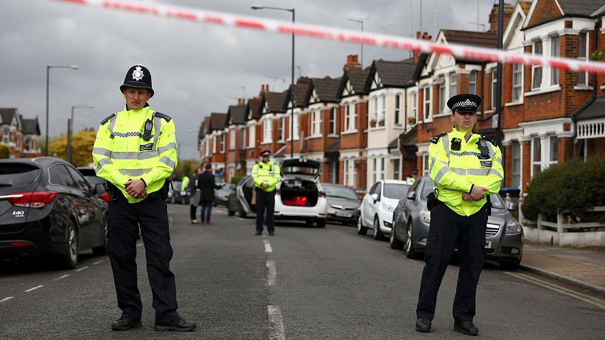 Schüsse und Festnahmen bei Anti-Terror-Razzien in London