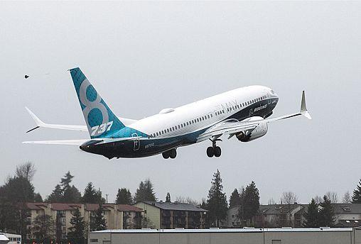 تأجيل تسليم أول طائرة بويينغ لإيران