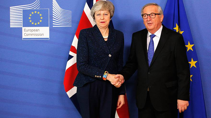 Image: Jean-Claude Juncker receives Theresa May in the VIP corner of The Be