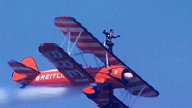 İngiliz hava akrobatları Çin semalarında şov yaptı