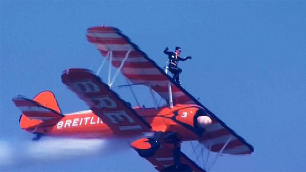 The thrill seekers on the wings