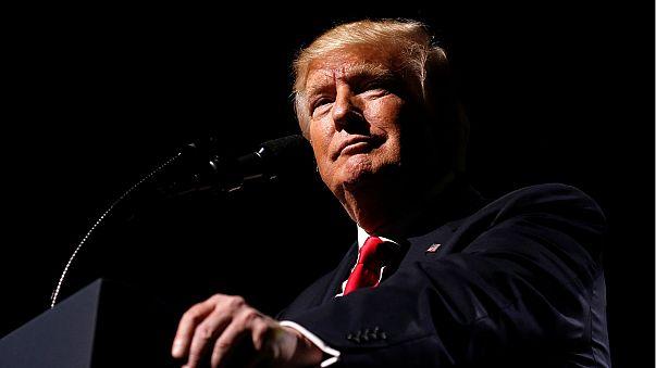 """Presidência Trump: """"Cem dias de caos"""""""