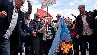 Черногория: парламент проголосовал за вступление в НАТО, оппозиция провела протесты