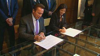 Schwarzenegger ile Paris Belediye Başkanı Hidalgo çevre için buluştu