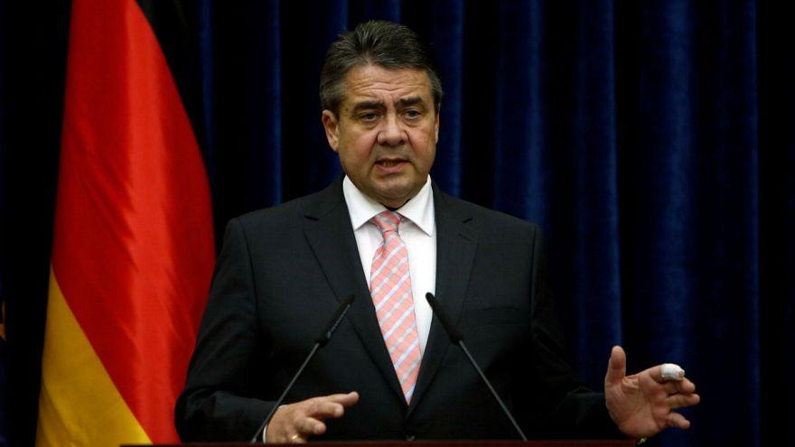 """Almanya dışişleri bakanı: """"Türkiye'de referandumda 'hayır' oyu verenlere vize muafiyeti getirelim"""""""