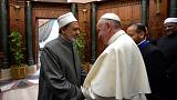 El Papa pide en El Cairo no justificar la violencia en nombre de Dios