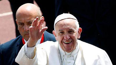 Pope Francis calls on Egypt's Catholics to embrace forgiveness