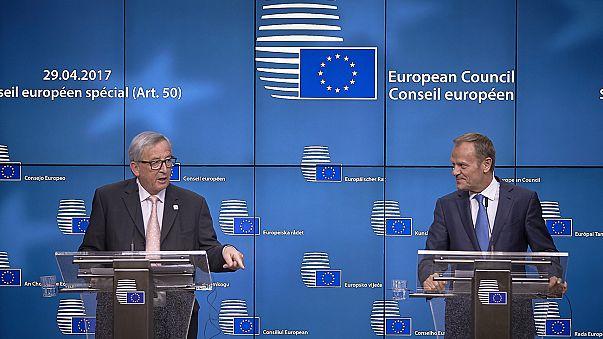 """Cimeira da UE unânime nas linhas negociais para """"difícil"""" Brexit"""