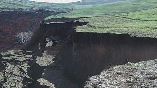 В Киргизии объявлен траур по погибшим в Аю