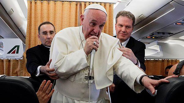 """El papa Francisco aboga por la """"vía diplomática"""" en la crisis con Corea del Norte"""