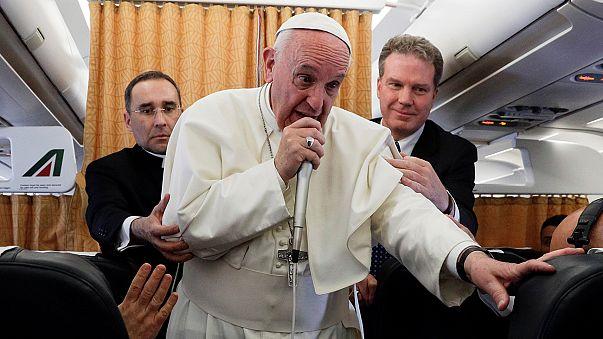 Ferenc pápa: Norvégia közvetíthetne Phenjan és Washington között