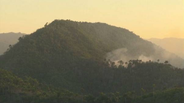 مقتل 8 عسكريين في تحطم طائرة كوبية