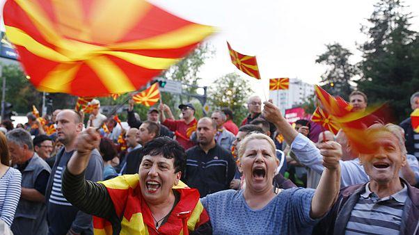 تجمع صلح آمیز در پایتخت مقدونیه به طرفداری از انتخابات جدید