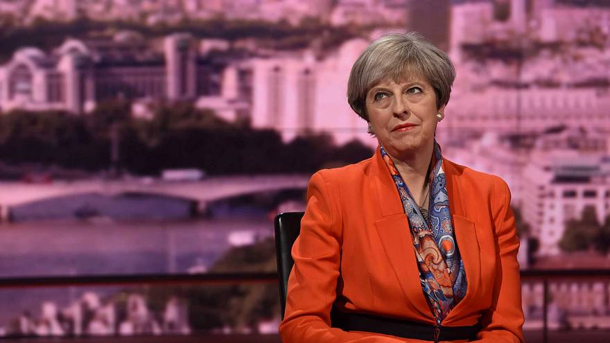 "Theresa May: ""no alle linee-guida dell'Unione Europea"""