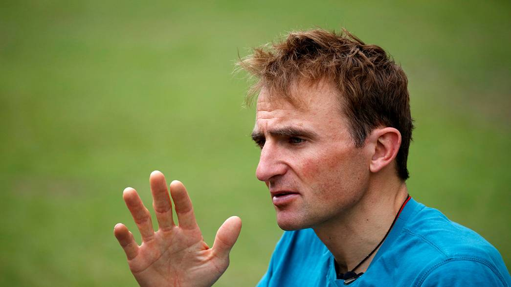 Ünlü İsviçreli dağcı Ueli Steck hayatını kaybetti