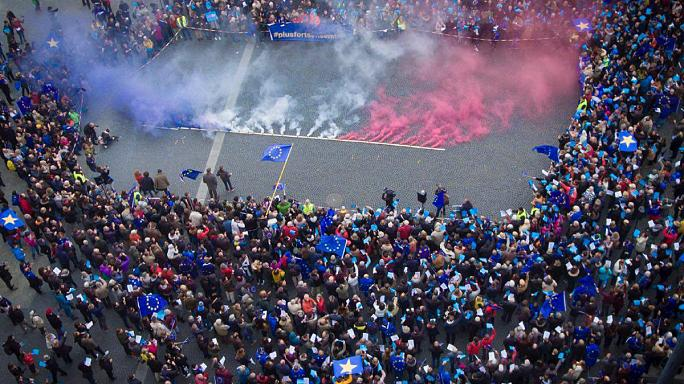 Az EU mellett tüntettek