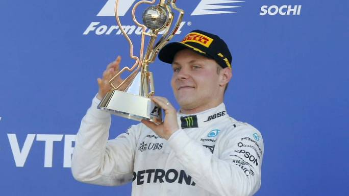 فوز أول لفالتيري بوتاس في بطولة العالم للفورمولا واحد