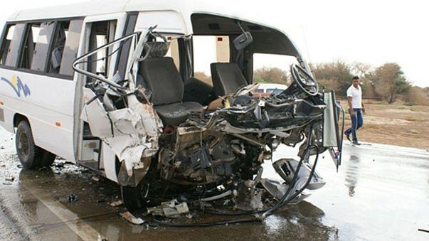 Bus mit deutschen Touristen im Iran verunglückt: 2 Tote