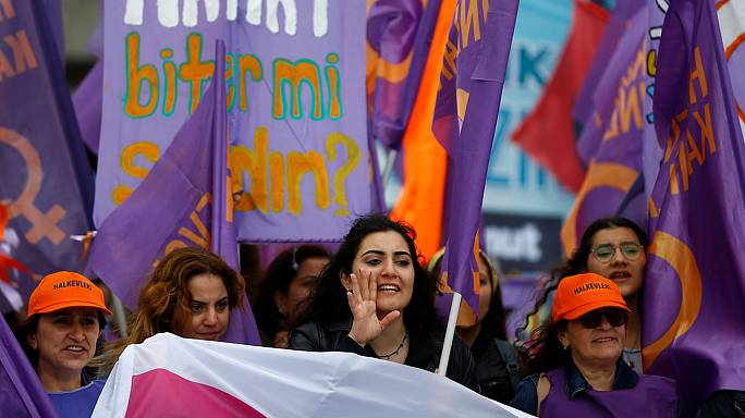 Rund 200 Demonstranten in Istanbul festgenommen