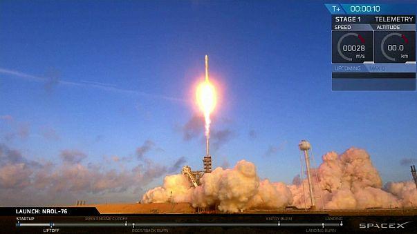 SpaceX lança carga secreta da agência americana NRO
