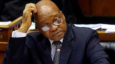 Afrique du Sud : Zuma quitte les célébrations du 1er mai sous les huées