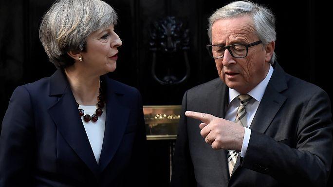 Theresa May dément les rumeurs de la presse sur les négociations du Brexit