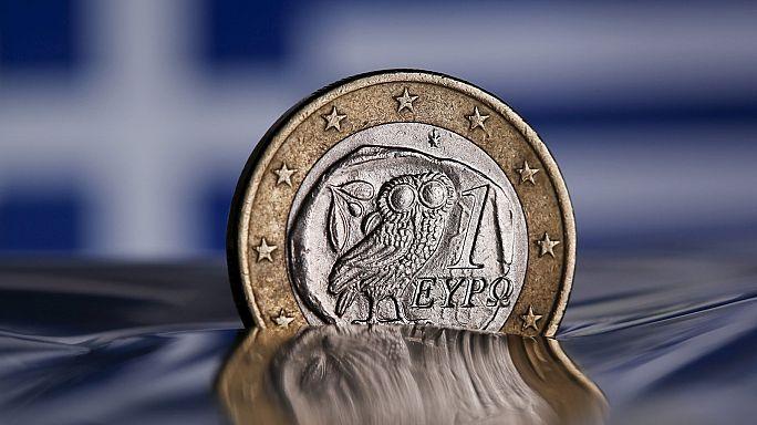 Yunanistan yabancı kreditörlerle el sıkıştı