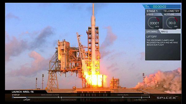 SpaceX lanza con éxito el cohete Falcon 9 desde Cabo Cañaveral