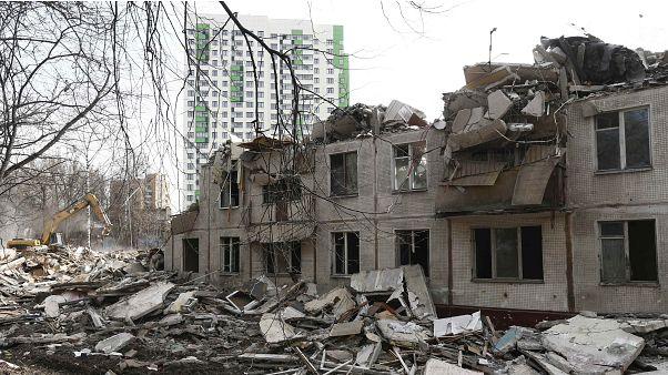 """""""Не в метрах счастье"""", или почему москвичи не хотят переселяться из """"хрущевок"""""""