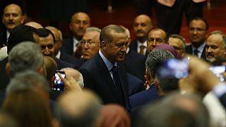 أردوغان ينضم مجدداً إلى حزب العدالة والتنمية بعد التعديلات الدستورية