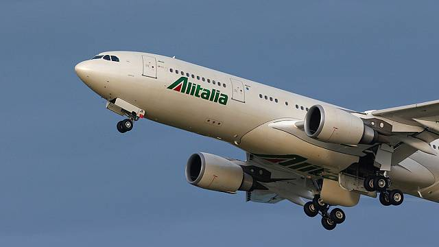 Alitalia: on a wing and a prayer